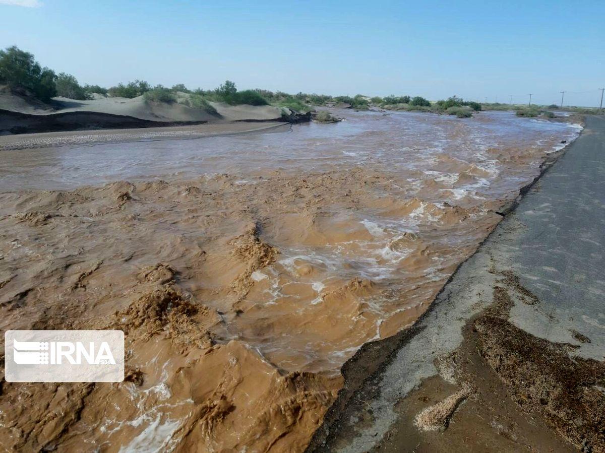 طوفان جنوب ایران را تعطیل کرد | ملوان های ایرانی مفقودالاثر شدند