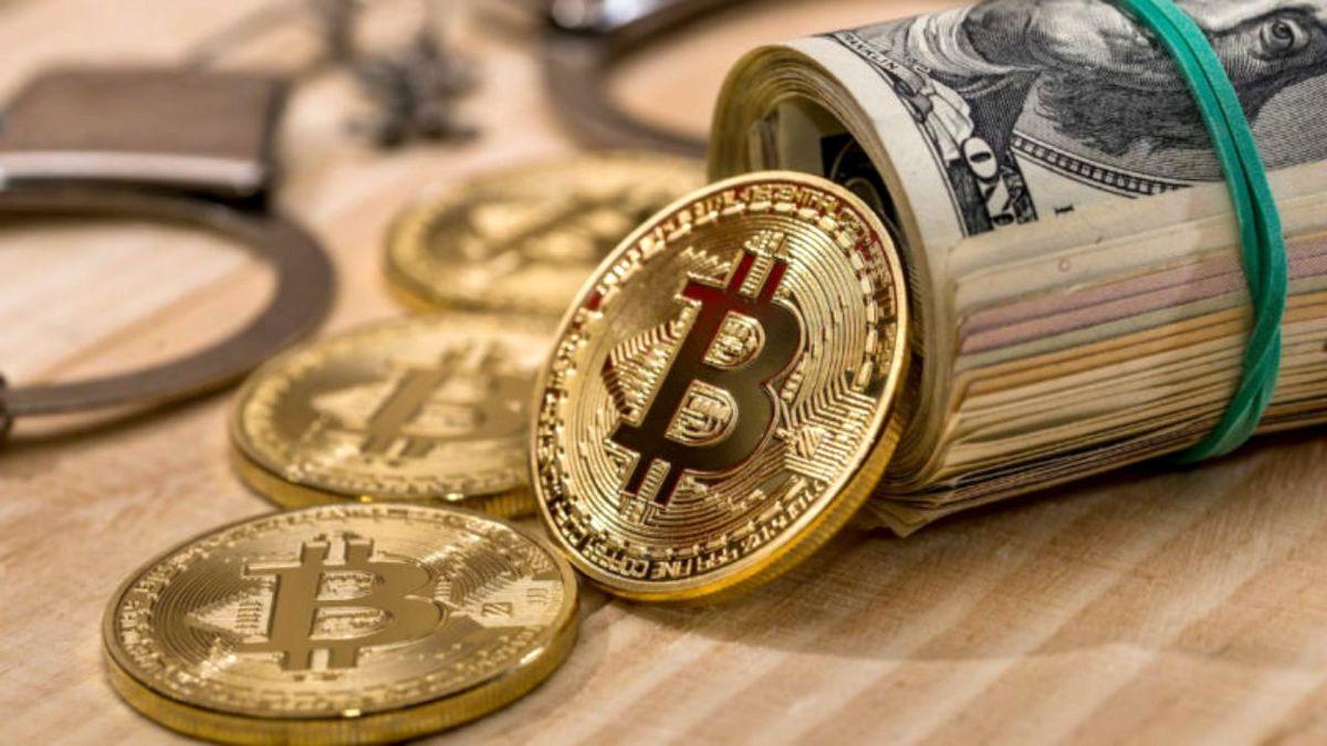 ارزش بیت کوین و ارزهای دیجیتال امروز چقدر شد؟